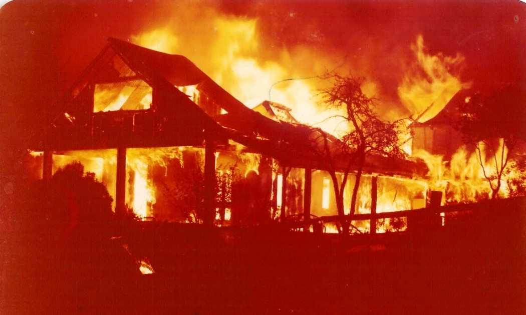 Tinglewood Homestead on fire in 1978. (WNDHS)